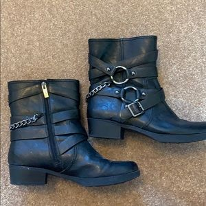 Jessica Simpson ankle boots w/ buckles & chains
